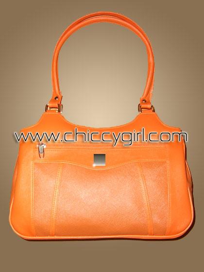 กระเป๋าหนังแต่งลายเส้นตัดถี่ สีส้ม ช่องใส่ของเยอะสะใจ จุมาก แข็งแรงทนทาน งานเนี๊ยบมาก แบบดูดีทันสมัย น่าใช้มาก คุ้มสุดๆ