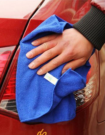 ผ้าไมโครไฟเบอร์ สีน้ำเงิน ใช้เช็ดถูทำความสะอาด สิ่งของ เครื่องใช้ต่างๆ อเนกประสงค์