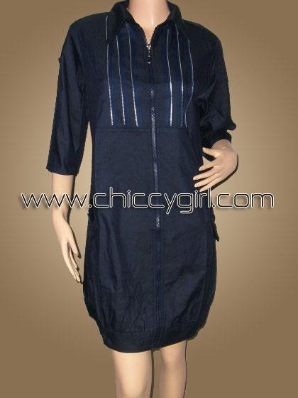 เสื้อคลุมตัวยาวซิบหน้าสีกรมท่า แต่งซิบที่อก มีกระเป๋าข้าง ผ้าเนื้อดีเกรดเอ (L)