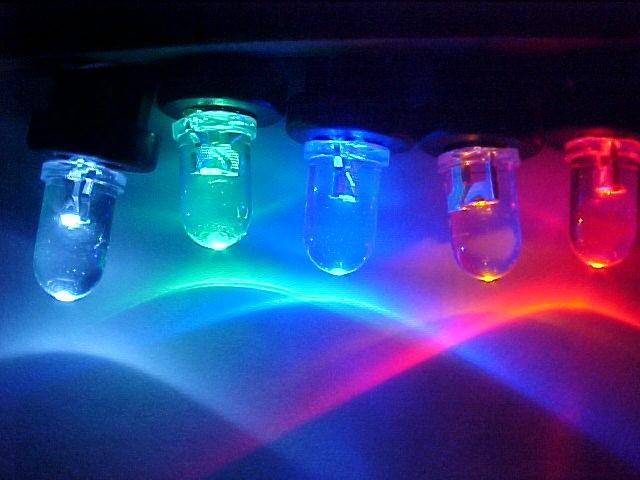 LED ขนาด 5 มิล ชนิดซุปเปอร์ไบร้ท์ 15 องศา