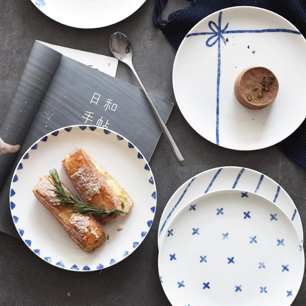 Pre-Order จานข้าวเซรามิค สไตล์ Nordic สีฟ้าขาว มี 5 ลาย