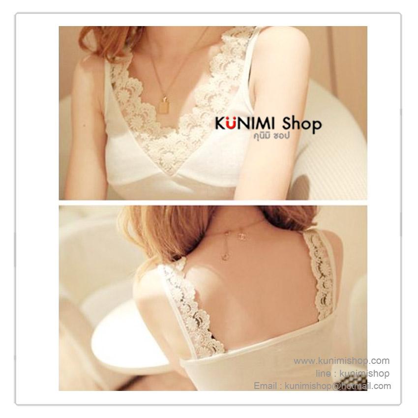 เสื้อซับใน มี 2 สี ดำ ขาว ช่วงสายเสื้อถึงคอเสื้อ ประดับด้วยผ้าลูกไม้ สวยหวาน ขนาด : FREE SISE ( รอบอกไม่เกิน 35 นิ้วคะ) มี 2 สี : สีขาว , ดำ