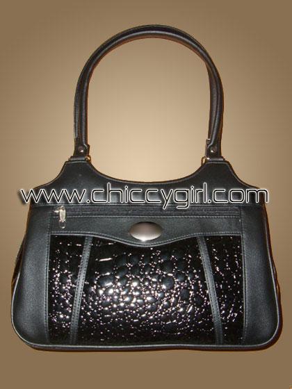 กระเป๋าหนังแต่งลายจระเข้ สีดำ ช่องใส่ของเยอะสะใจ จุมาก แข็งแรงทนทาน งานเนี๊ยบมาก แบบดูดีทันสมัย น่าใช้มาก คุ้มสุดๆ