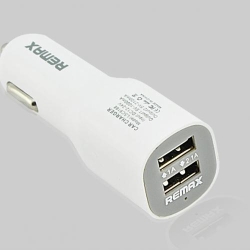 ที่ชาร์จมือถือในรถยนต์ ชาร์จได้ USB 2 Port สีขาว ยี่ห้อ Remax