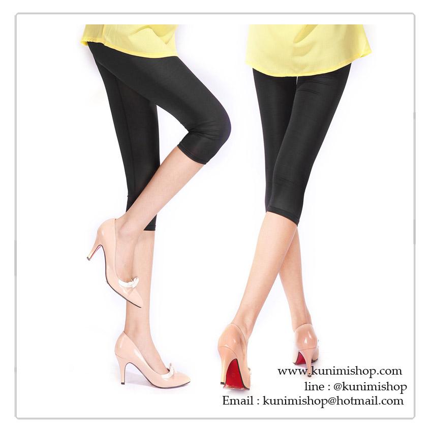 กางเกงเลคกิ้ง ขาสามส่วน เนื้อผ้าสแปนเด็กซ์ เอวยางยืด เนื้อผ้าบาง ใส่สบาย ผ้า : ผ้าสแปนเด็กซ์ ( มีความยืดหยุ่น)