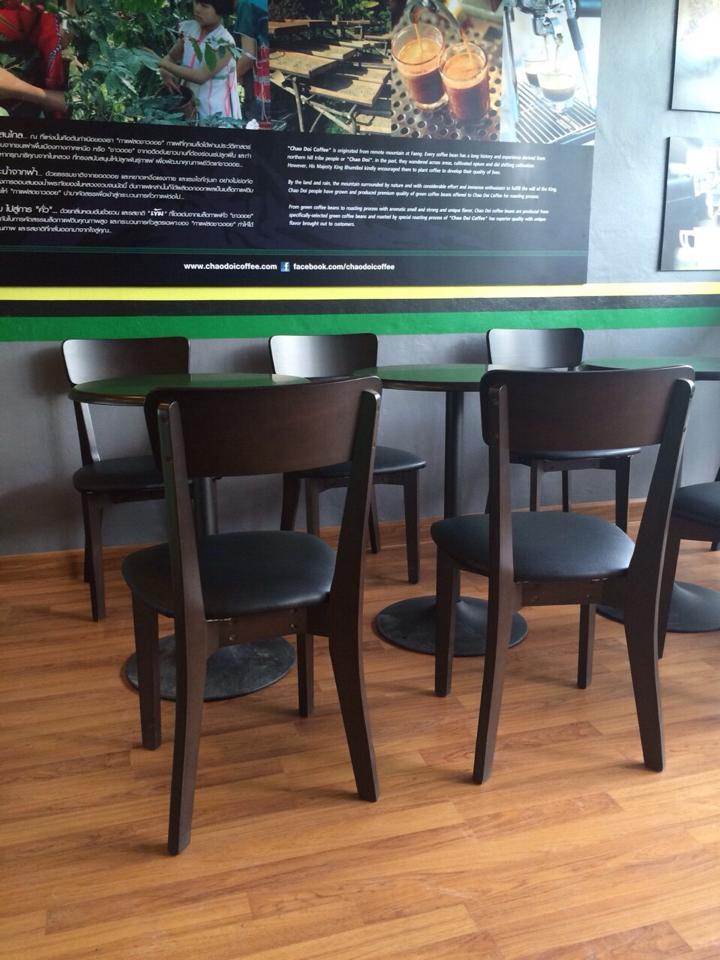 ชุดโต๊ะกาแฟ 2 ที่นั่ง สีดาร์คโอ๊ค ดีไซน์สวย เหมาะสำหรับร้านกาแฟ (M-COLLECTION)