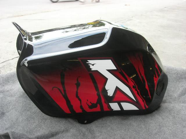 ถังน้ำมัน Kawasaki KSR KL110 สีดำ แท้ใหม่ ลาย 5274