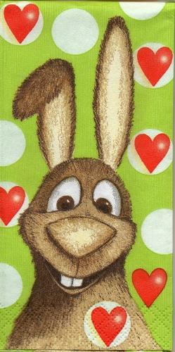 แนวภาพสัตว์ กระต่ายน้อยสีน้ำตาลบนพื้นเขียวลายหัวใจ มีภาพกระต่าย 4 ตัวในแผ่น กระดาษแนพคินสำหรับทำงาน เดคูพาจ Decoupage Paper Napkins ขนาด 21X22cm