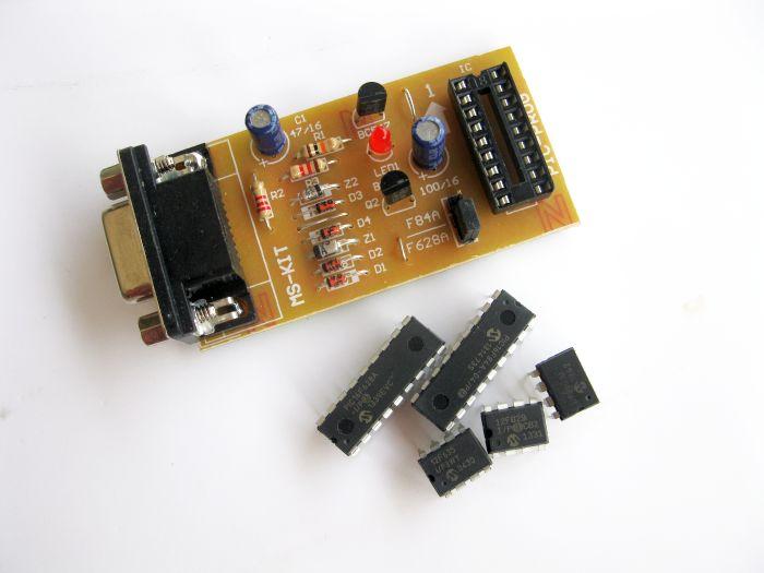 เครื่องโปรแกรม PIC และ Eeprom 24CXX