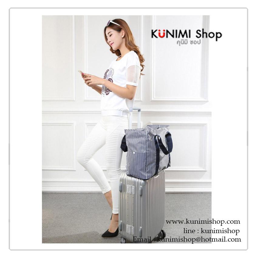 กระเป๋าเดินทาง ขนาดใหญ่ สามารถพับเก็บได้เมื่อไม่ใช้งาน ใช้จัดเก็บสิ่งของ พกพาเดินทาง ท่องเที่ยว สะดวก เป็นกระเป๋าสำรองเดินทาง ด้านหลังมีช่องสอดแกนกระเป๋า สะดวก โดยไม่ต้องถือให้เมื่อยมือคะ