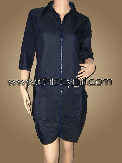 เสื้อคลุมตัวยาวซิบหน้าสีกรมท่า แบบเรียบๆ แต่งกระเป๋าใหญ่สะใจ ผ้าเนื้อดีเกรดเอ (L)