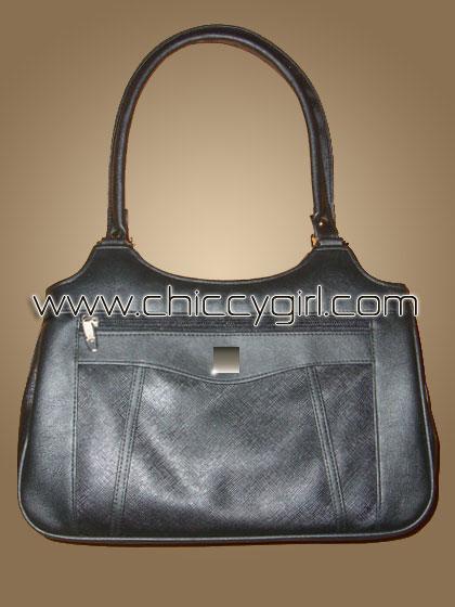 กระเป๋าหนังแต่งลายเส้นตัดถี่ สีดำ ช่องใส่ของเยอะสะใจ จุมาก แข็งแรงทนทาน งานเนี๊ยบมาก แบบดูดีทันสมัย น่าใช้มาก คุ้มสุดๆ