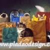 กระดาษสาพิมพ์ลาย สำหรับทำงาน เดคูพาจ Decoupage แนวภาำพ แมวน้อยหลายตัวอยู่ในถุงกระดาษช็อปปิ้งหลากสีหลายใบ (ปลาดาวดีไซน์)