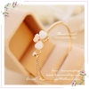 WT057 กำไรข้อมือ สีชมพูทอง รูปใบโคลเวอร์ ประดับด้วยเพชร สวยหรู น่าใส่มากคะ