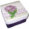 กล่องเก็บของ กล่องของขวัญ ผักตบชวาทรงจตุรัส แบบฝาครอบ ลายช่อดอกพริมูล่าสีม่วง
