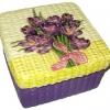 กล่องเก็บของผักตบชวาทรงจตุรัส แบบฝาครอบ ลายช่อทิวลิปสีม่วง