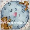 กระดาษเดคูพาจพิมพ์ลาย สำหรับทำงาน เดคูพาจ Decoupage งานฝีมือ งาน Handmade แนวภาพ น้องหมี เท็ดดี้ แบร์ teddy bear 2ตัวช่วยกันปักเข็มลงบนแป้นนาฬิกาทรงกลม pladao design