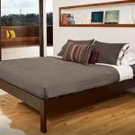 เตียงนอนไม้จริง ไม่มีหัวเตียง สีโอ๊ค คุณภาพส่งออก สำหรับบ้านพักอาศัย โรงแรม รีสอร์ท