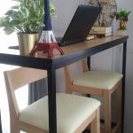 โต๊ะบาร์ลายบีชขอบสีดำ 2 ที่นั่ง สำหรับแต่งร้านกาแฟ คอนโด (ลด 30%)