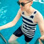 ชุดว่ายน้ำทอม Janest ลายแถบขาว-น้ำเงิน S-6XL [Pre-Order]