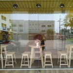 ชุดโต๊ะกาแฟ ดีไซน์ขาเฉียง เหมาะสำหรับร้านกาแฟ ร้านเบเกอรี่ (BT-SET)