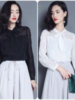 เสื้อสไตล์เกาหลี ผ้าฉลุลายแต่งดีเทลพูกโบว์เก๋ๆ เนื้อผ้าดีสวมใส่สะบาย มีสี ดำ/ขาว/แดง งานนำเข้าแท้คุณภาพดี