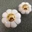 มือจับ ปุ่มแขวน เซรามิค/ทองเหลือง ลายดอกไม้สีขาว มี 2 ขนาด 3.5-4.5 ซม. thumbnail 1