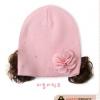 หมวกไหมพรม ติดปอยผม ตกแต่งด้วยดอกไม้ สีชมพูน่ารักสไตล์เกาหลี