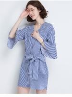 เสื้อตัวยาวสไตล์เกาหลี แต่งดีเทลผ้าพูกเอวเก๋ๆ เนื้อผ้าดีสวมใส่สะบาย งานนำเข้าแบรนด์แท้ของเมืองนอก คุณภาพดี