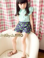 กางเกงขาสั้นสาวน้อย สีน้ำเงิน ลายจุดสีเขียว  เก๋ๆ เทห์ๆ สไตล์ เกาหลี