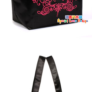 ## สินค้าหมดชั่วคราวค่ะ ## WOW!! Anna Sui Dolly Girl Limited Edition Bag กระเป๋าถือ Anna Sui Dolly Girl ลิมิเต็ต อิดิทชั่น พิมพ์ลาย สีดำ-ชมพู เรียบหรู มีสไตล์