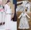 เสื้อผ้าเกาหลี พร้อมส่ง โค้ทยาว ผ้าเครปสีขาวตกแต่งลูกไม้ thumbnail 9
