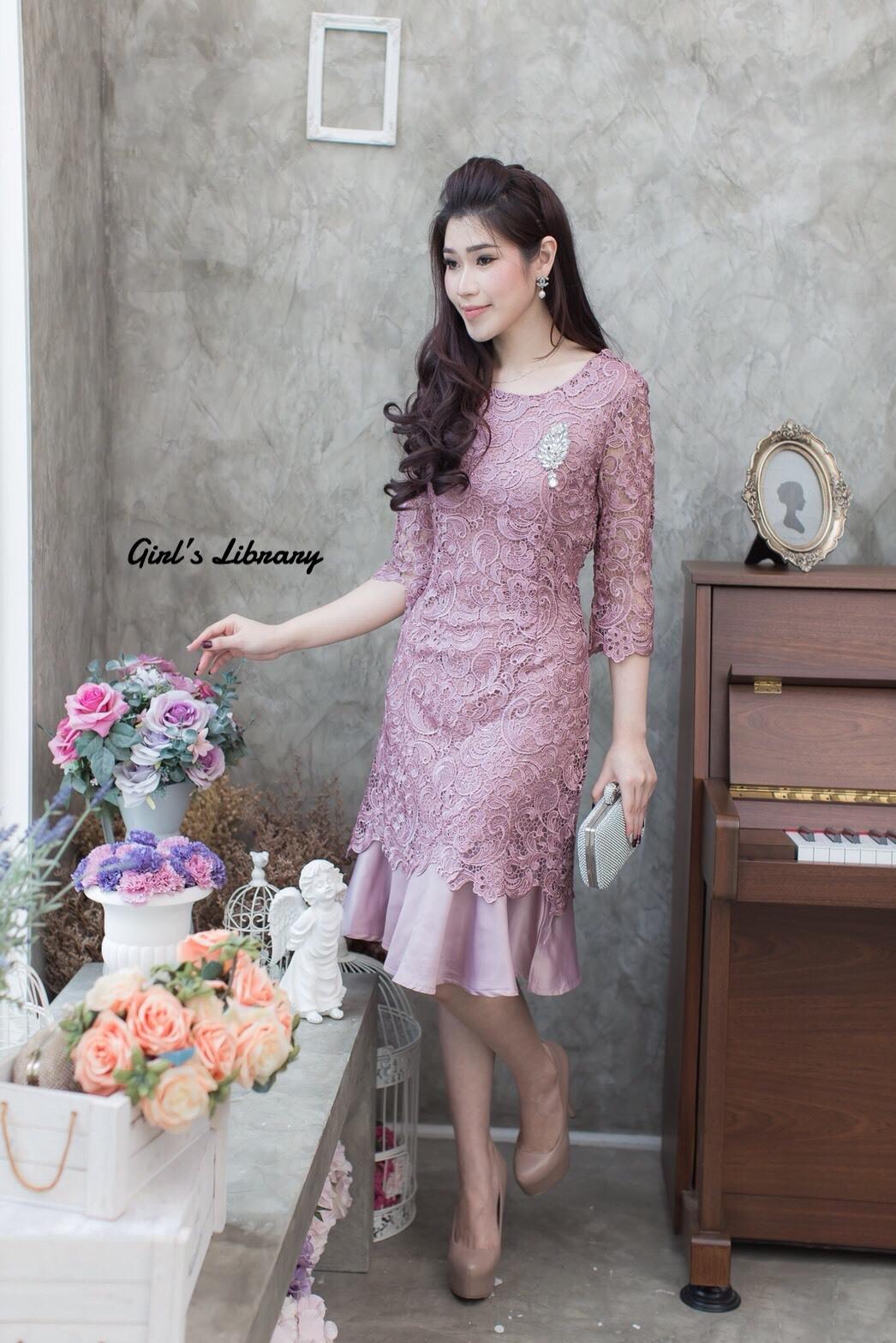 ชุดเดรสเกาหลี พร้อมส่ง Dress ลูกไม้ระบายชาย
