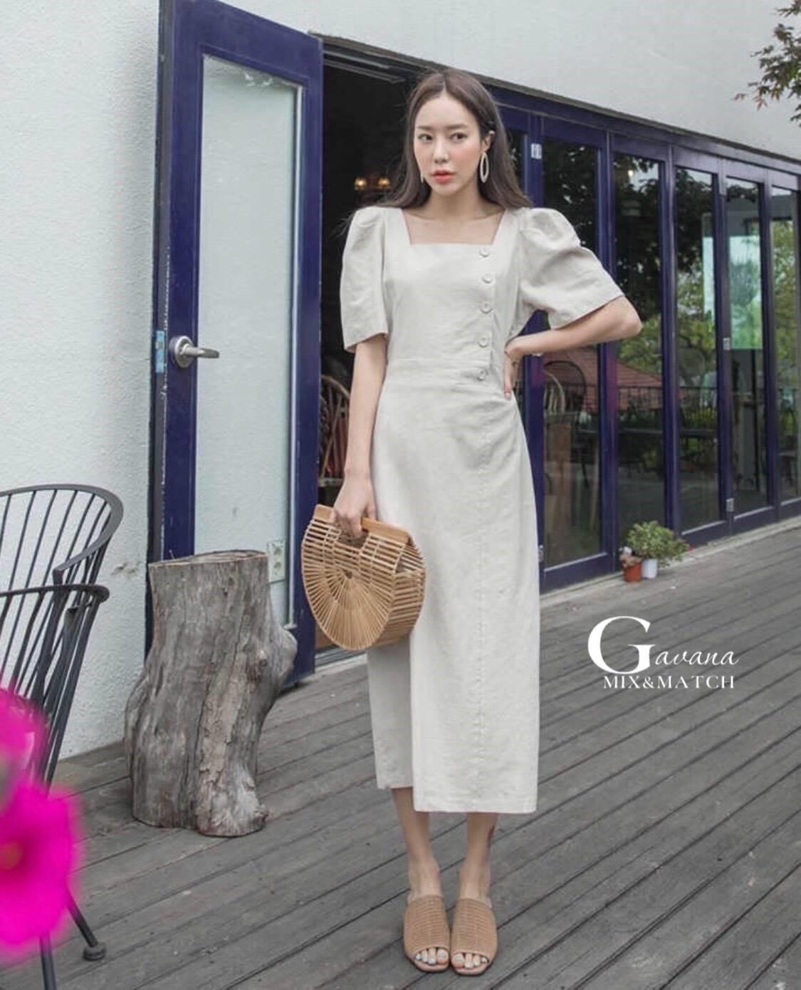 ชุดเดรสเกาหลี พร้อมส่ง Dress คอเหลี่ยม เอวสม๊อคหลัง