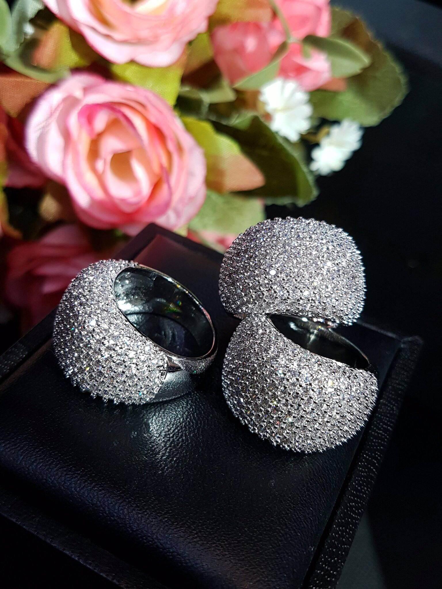 พร้อมส่ง diamond line ring แหวนเพชรทรง9ชั้น