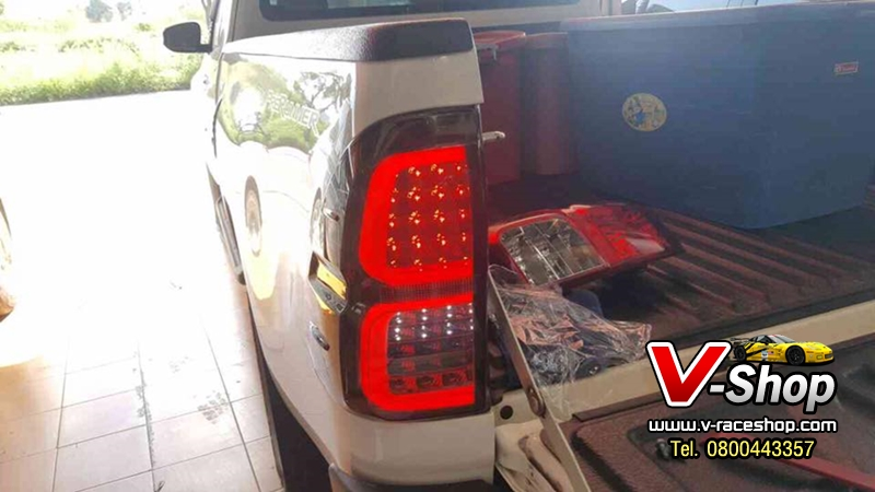 ไฟท้าย LED แบบเปลี่ยนทั้งโคม REVO ขาว-แดง