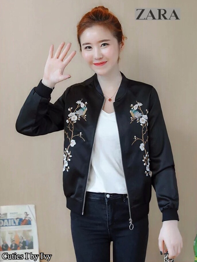เสื้อเกาหลี พร้อมส่ง แจ๊คเก็ตหนังสีดำ