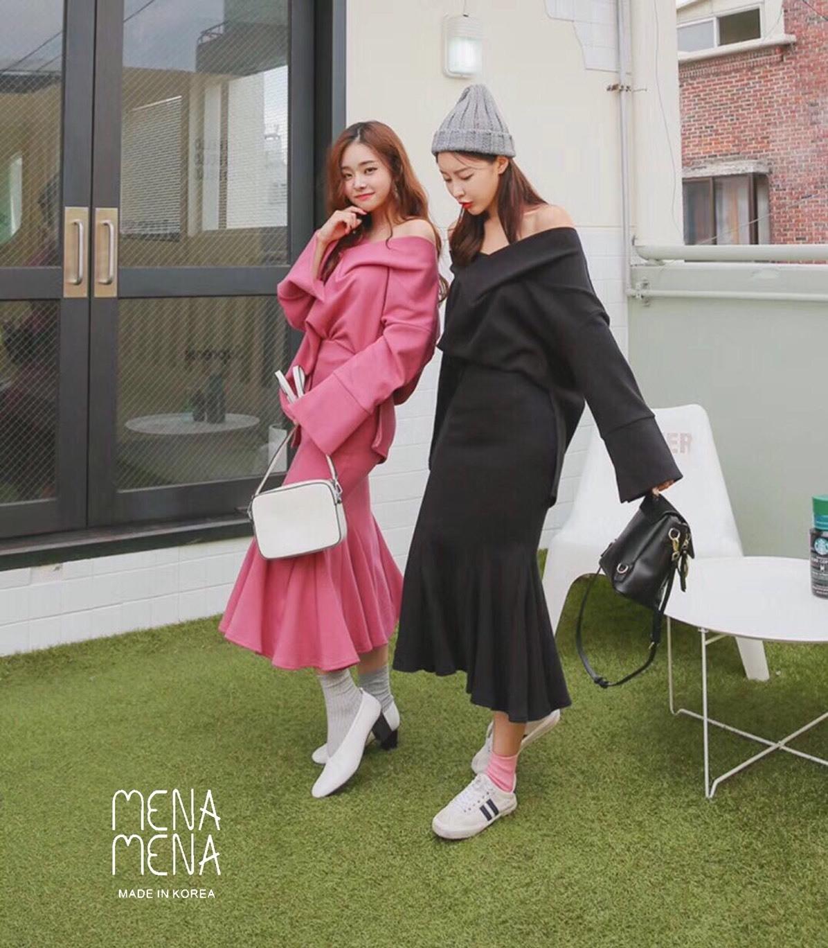 เสื้อเกาหลี ปาดไหล่กับกระโปรง