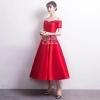 ชุดเดรสเกาหลี พร้อมส่ง เดรสออกงาน เนื้อผ้าsilkสีแดงสวย
