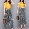เสื้อผ้าเกาหลี พร้อมส่ง เสื้อสีเหลือง กับ กางเกงผ้าลายดอก