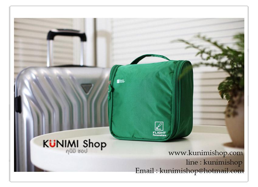 กระเป๋าจัดระเบียบ กระเป๋าใส่เครื่องสำอางค์ ใช้สะดวกในการเดินทางท่องเที่ยว ไปธุระต่างๆ ขนาดกระทัดรัด มีหูหิ้ว ด้านบน ซิบเปิด - ปิด ด้านในมีที่ใส่ของอย่างจุใจ แยกเป็นช่อง สามารถแบ่งประเภทสินค้าได้ ขนาด : กว้าง 20 x สูง 22 x หนา 10 cm.